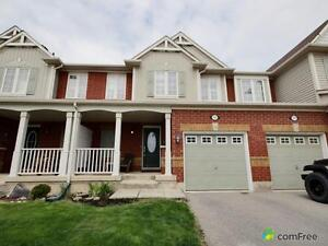 $649,900 - Townhouse for sale in Milton