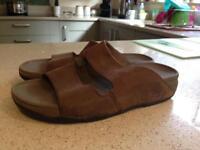 Men's Fitflop sandals size 8