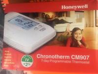 Honeywell CM907 Room Stat