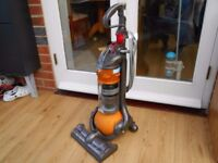 DYSON DC24 ALL FLOORS WITH UNIVERSAL TOOL EXCELLENT CONDITION
