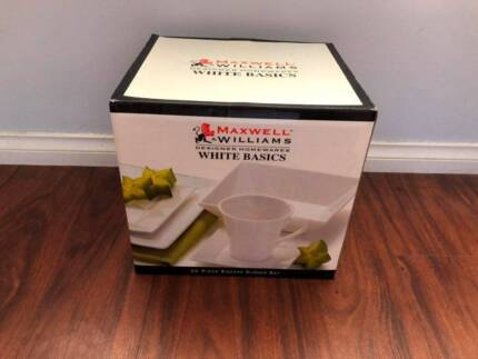Maxwell & Williams 20 Piece White Dinner Set. Never Used. RRP$125 Wollongong Wollongong Area Preview