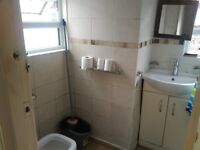 3 Bed House to rent in Valentia Road, West Reading. Furnished, permit parking,GCH-RB ESTATES 9597788