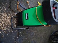POWER BASE GARDEN BRANCH SHREDDER IN EXCELLENT CONDITION CAN BE SEEN WORKING ONLY £40