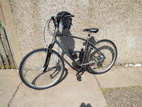 Giant-Cypress-Hybrid-Bike IN ALMOST NEW CONDITION HAD VERY LITTLE USE £175 0N0