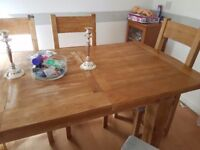 Solid Oak Dinning Room Table And Six Crush Velvet Chairs Extends In Middle Great Condition 250