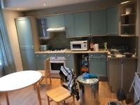 3 bedroom flat in heart of finchley central available now £1650