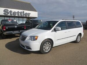 2015 Chrysler Town & Country Touring POWER LIFTGATE! REAR DVD!