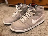 Nike trainer Size 9