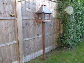Freestanding Tom Chambers Bird Table Bedale for repair. good quality and design.