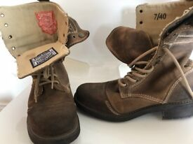 SuperDry Boots size 7