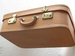 Ancienne malle moynat en cuir valise 1950 old trunk suitcase leather ebay - Malle en cuir vintage ...
