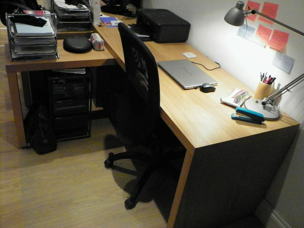 Malm Desk With Pull Out Panel Oak Veneer Office Table