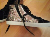 CONVERSE STYLE GLITTER LACE UPS SIZE 5 1/2 - REAL SUEDE
