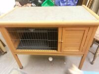 Rabbit hutch on legs in excellent condition