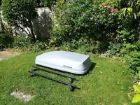Exodus 470L Roof Box Grey & roofbars - used once, in great condition