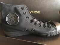 Black monochrome converse size 7 uk adult