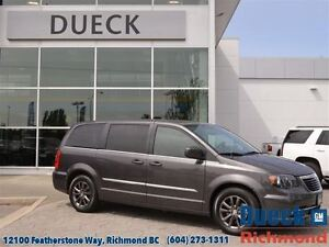 2015 Chrysler Town & Country S  Power Seats-DVD