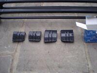 Cruz roof bars to fit Skoda Octavia Mk 2