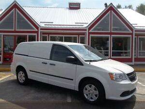 2012 Ram Cargo Van READY TO GO TO WORK!! POWER WINDOWS!! AC!! NE