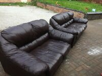 3+2 very comfy brown leather suite