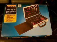 Brand New Halfords 52 Piece Tool Set In Aluminium Case