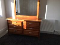 Contemporary dressing table with mirror