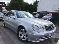 Mercedes-Benz E Class 2.1 E220 CDI Avantgarde Service History 2 Owners