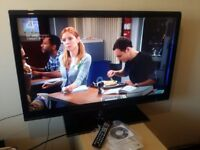 "Excellent 42"" LG LED TV full hd ready 1080p 200HZ, freeview inbuilt"