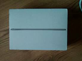 iPad Pro 32GB Celluar 9.7 inch brand new and sealed