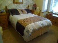 3 Bedroom house. Ideal for STUDENTS & GRADUATES. Near University. Fully furnished