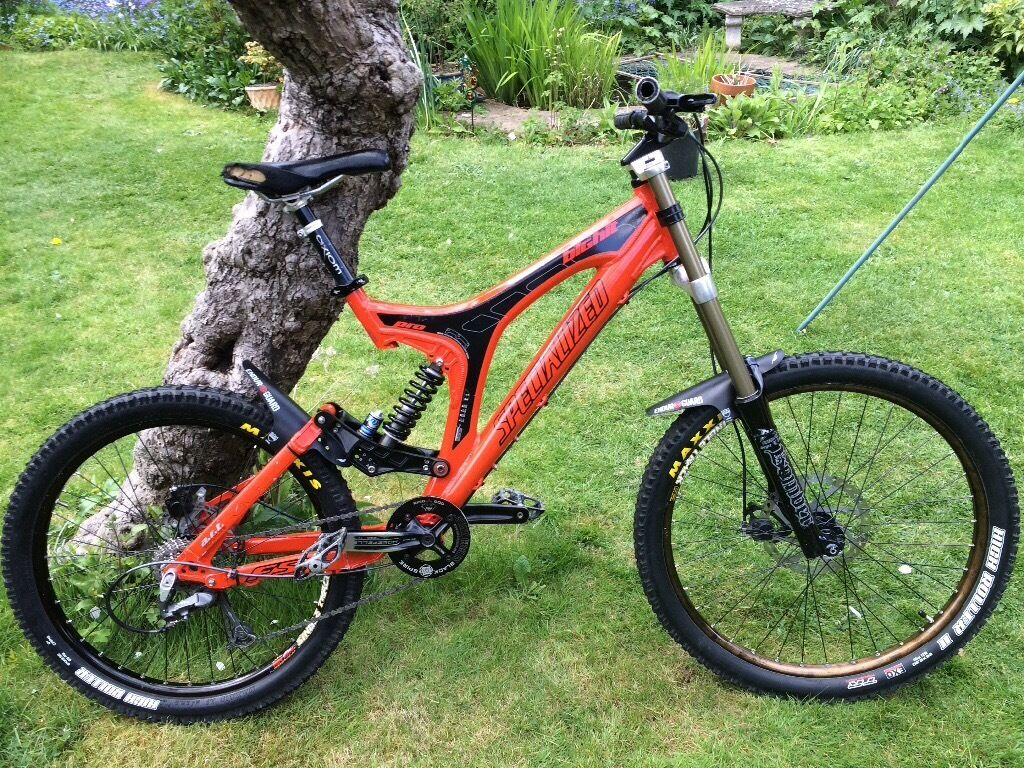 Specialized Big Hit Pro Dh Freeride Mountain Bike In Maidenhead