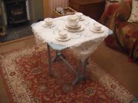 Edwardian, painted mahogany Sutherland occasional coffee table