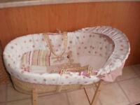 CLAIRE- de - LUNE Moses Basket