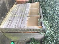 GARDEN SHED 6FT X 4FT IN CHESSINGTON, SURREY