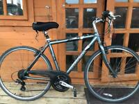 "Adults Trek Navigator Hybrid Bike. 20"" Frame. 700cc Wheels. Fully Working"