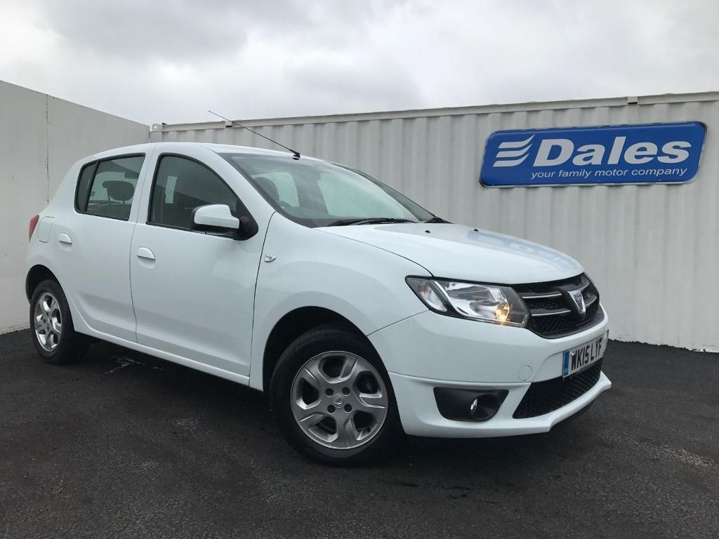dacia sandero laureate tce 90 petrol white 2015 in redruth cornwall gumtree. Black Bedroom Furniture Sets. Home Design Ideas