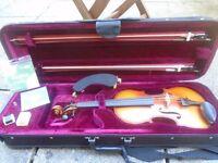 Prima Loreato VF037 Violin & bow 4/4 size and 3/4 size bow, shoulder rest plus more