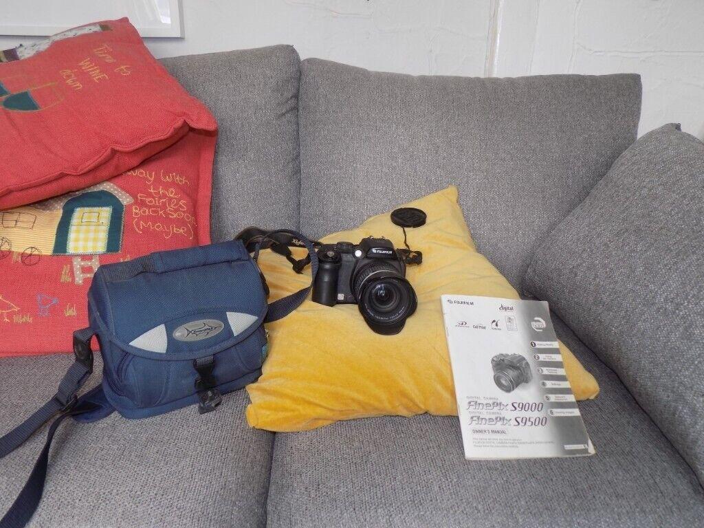 Fuji Finepix S9500 Bridge Digital Camera Swordfish Case and Owners Manual |  in Cullompton, Devon | Gumtree