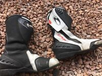 Richa Drift motorcycle boots size 7. Reduced