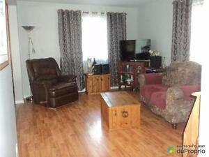 279 000$ - Maison à un étage et demi à vendre à Lamarche Saguenay Saguenay-Lac-Saint-Jean image 5