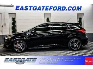 2016 Ford Focus ST WITH 18 AND Nav