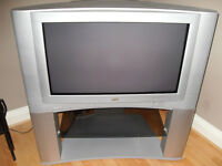 """JVC 32"""" Colour TV & Stand. Free!! Great picture/sound quality + Remote + instructions. NOT Flat Scrn"""