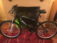 Great condition - Halford's men's bicycle
