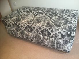 MULTIYORK Storage Footstool LARGE-Sunningdale. OPEN TO OFFERS! IN IAN SANDERSON FABRIC. V.GOOD CONDI