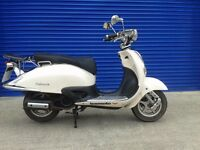 2014 LEXMOTO VALENCIA 125cc RETRO SCOOTER MOPED , FSH , LOW MILES
