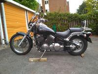 YAMAHA 650cc drag star