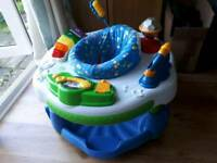 Baby's play centre