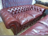Lovely X large 3 setter and 2 setter high quality chesterfield. excellent condition.