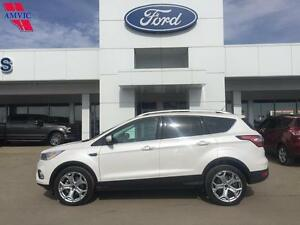 2017 Ford Escape Titanium AWD Leather, Nav only 15,400km!