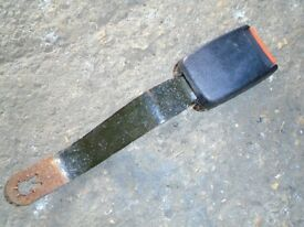 MK1 GOLF GTI SEAT BELT CLIP, DRIVERS SIDE
